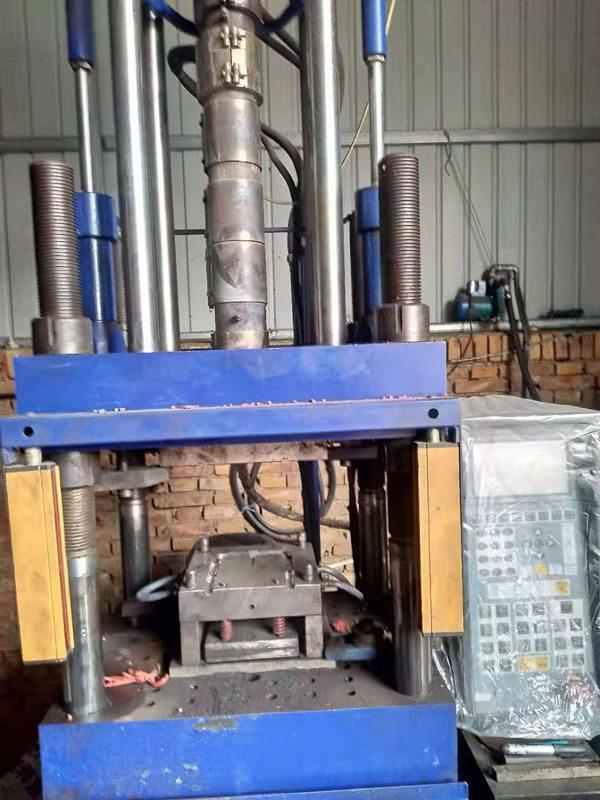 塑钢爬梯专用生产机器展示
